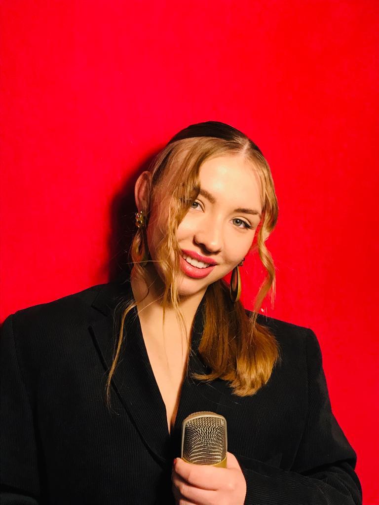 Paulina Woszek.jpeg
