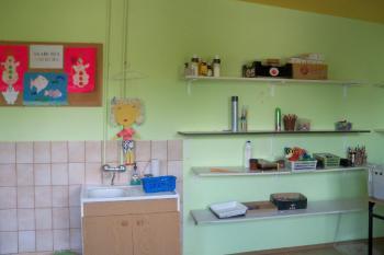 """Galeria """"Wyposażenie pracowni plastycznej Gminnego Ośrodka Kultury w Tarnowie Opolskim""""  - Pracownia plastyczna"""