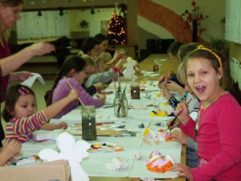 Galeria W grudniu po południu - Rodzinne Warsztaty Bożonarodzeniowo  2013